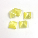 Fiber-Optic Cabochon - Pyramid Top 08x8MM CAT'S EYE YELLOW