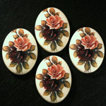 German Plastic Porcelain Decal Painting - 2 Roses (2094) Oval 40x30MM IVORY