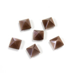 Fiber-Optic Cabochon - Pyramid Top 06x6MM CAT'S EYE BROWN