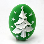 Plastic Cameo - Christmas Tree Oval 40x30MM WHITE ON GREEN