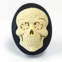 Plastic Cameo - Day of the Dead Oval 40x30MM IVORY ON BLACK