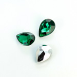 Plastic Point Back Foiled Stone - Pear 14x10MM EMERALD